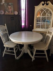 b5d2bcbc675a Refinished solid wood pedestal table antique white