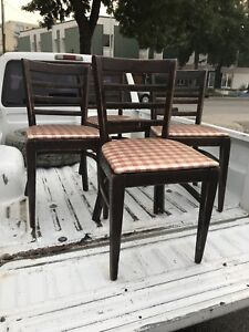 4 Chairs