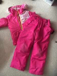 Girls snow suit- used for 1 season