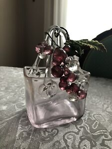 Small glass decor piece