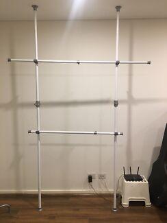 2 poles multiple clothes racks
