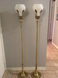 Pair of Stiffel Brass Floor Lamp Laurel Leaves Hollywood Regency