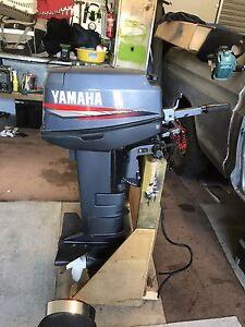 Yamaha 20 hp long shaft boat motor tinny outboard VGC Eaglehawk Bendigo City Preview