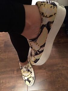 Opening ceremony sneaker size6.5