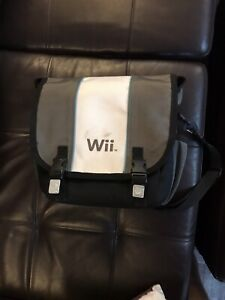 Official Wii / Wiiu console carrying case bag with strap
