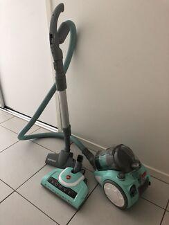 Hoover vogue vacuum cleaner