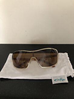 Oakley - Women Sunglasses