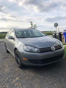 Volkswagen Golf wagon 2010