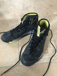 Under Armour Men's Rocket 2 Basketball Shoes - Black/Yellow