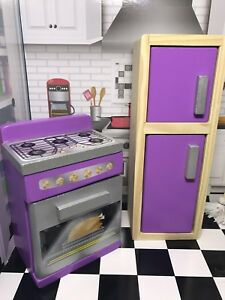 Barbie furniture, kitchen set, stove and cabinet