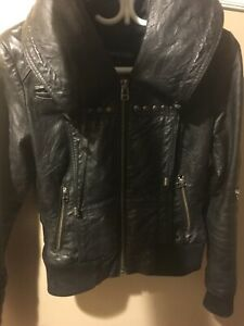 Cuir Danier black leather jacket size small
