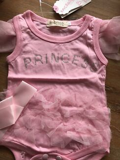 Gorgeous Baby Girls princess romper 3/6 months  twins