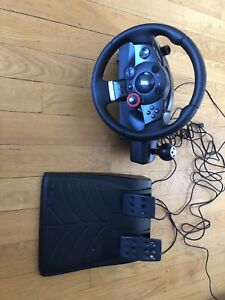 Volant course Logitech Driving Force GT  Playstation3