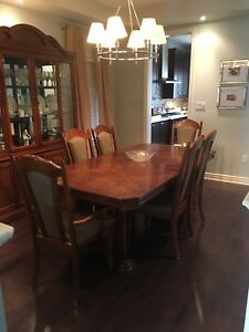 Beautifully Crafter Wood Dining Set