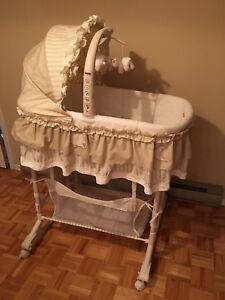 Petit lit pour bébé Moïse