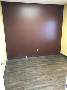 Bay for rent or lease in Stony Plain
