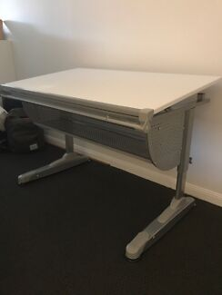 Wanted: Office desk