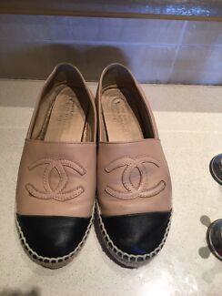 Chanel Espadrilles shoes flats used carmel + black