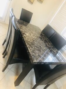 Dining  table set ( 6 chairs) very good condition