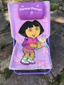 Dora folding child's chair