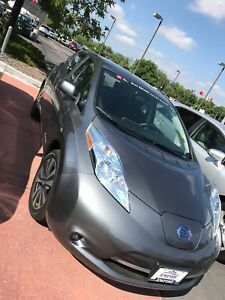 2017 Nissan Leaf SV Electric Vehicle - LOW MILES - EXCELLENT