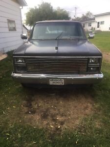 84 Chevy long box $1,300.00