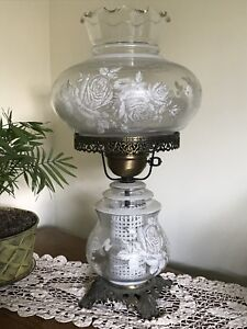Set of 2 Victorian table lamps