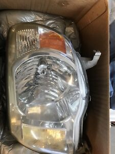 2008 Toyota Tacoma drivers side ( left) headlight.