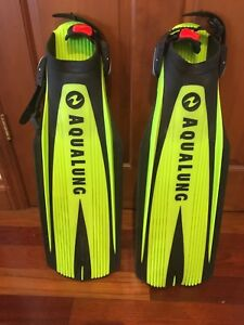 Aqualung Scuba Diving Fins - Size Regular