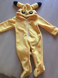 Costumes Halloween Pikachu et insecte