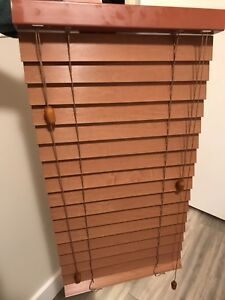 Set of 3 Wood Slated Blinds