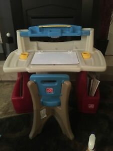 Kid's Art Station (Step2 Deluxe Art Master Desk)