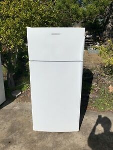 Fisher&paykel 512L fridge in good working condition