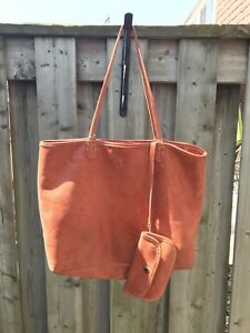 Roots tote/purse