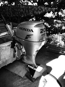 Honda 20hp outboard motor - 4 stroke