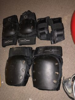 Roller derby GT 50 Skates and pads