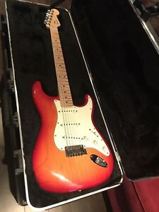 Guitare Stratocaster usa deluxe avec S1-switch