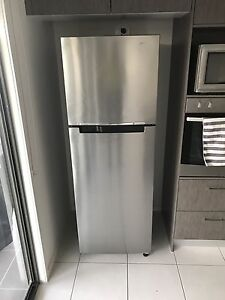 Westinghouse 343L fridge Upper Coomera Gold Coast North Preview
