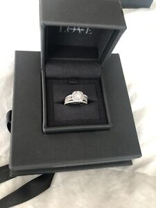 Vera Wang Brilliant Cut Diamond Engagement Ring & Band set