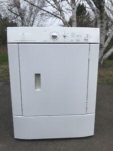 Frigidaire Dryer $85