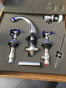 Robinet / faucet  NEW