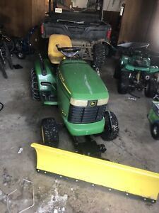 Lawnmower with blade
