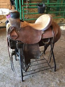 Frontier Roping Saddle