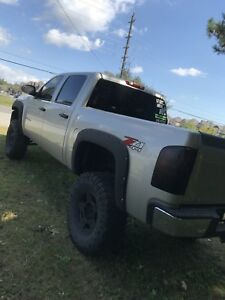 NEW PRICE**** Mint 2009 Chevrolet Silverado 5.3L v8