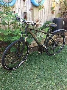 Talon 2 giant men's bike Kuluin Maroochydore Area Preview