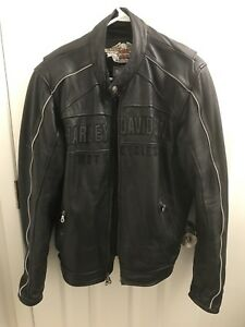 Genuine Harley Davidson Leather Jacket - Men's Large