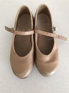 Tan tap shoes - child Size 12 Clyde Casey Area Preview