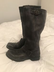 Frye Veronica boots size 7 grey