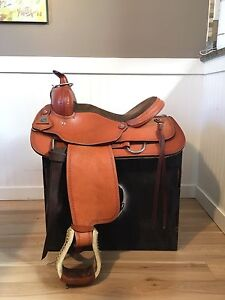 Circle P All Round Leather Western Saddle