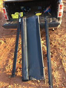 "5'6"" roll up tonneau cover"